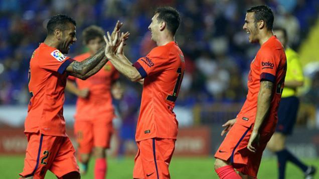 Barcelona Perpanjang Derita Levante