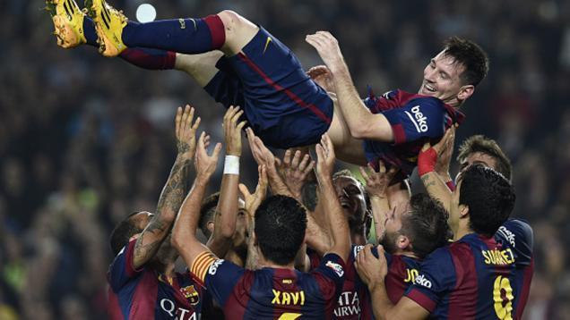 Messi Borong Tiga Gol