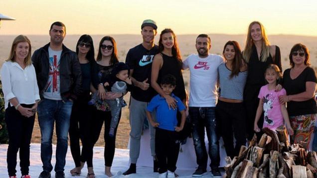 Libur Natal, Ronaldo Ajak Kekasih dan Keluarga ke Maroko